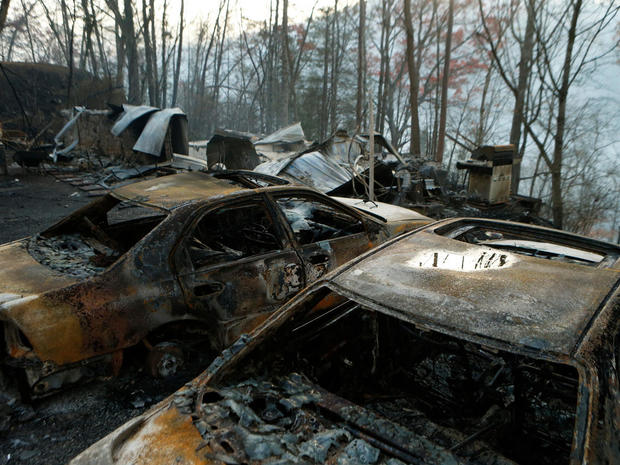 tennessee-wildfire-getty-626483062.jpg
