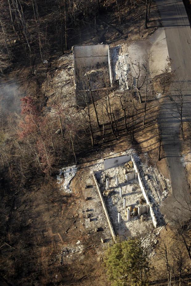 tennessee-wildfire-ap-16334815403694.jpg