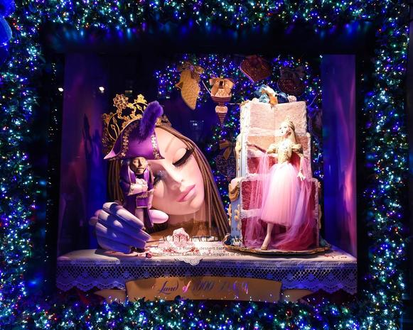 Holiday windows of New York