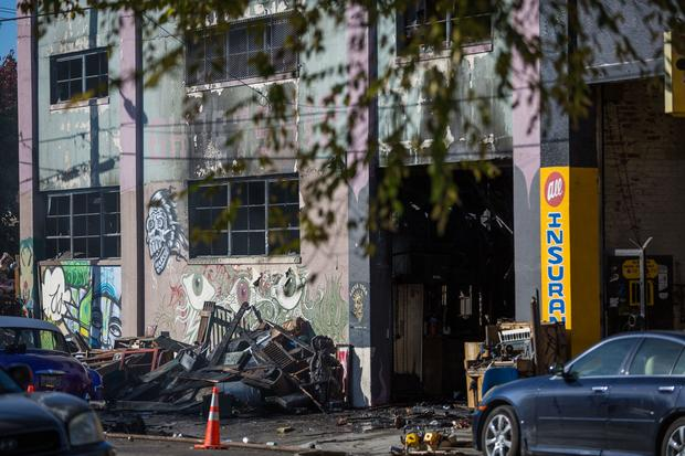 Deadly fire at Oakland warehouse