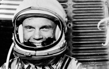 John Glenn, first American to orbit the Earth and U.S. senator, dead at 95