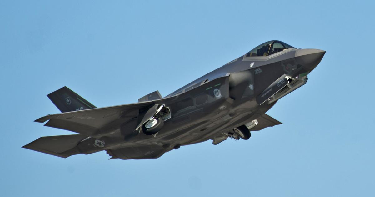 Lockheed Shares Fall After Trump Tweets About F 35 Jet Costs Cbs News