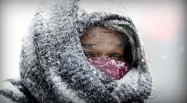 Winter freeze chills most of U.S., and other MoneyWatch headlines