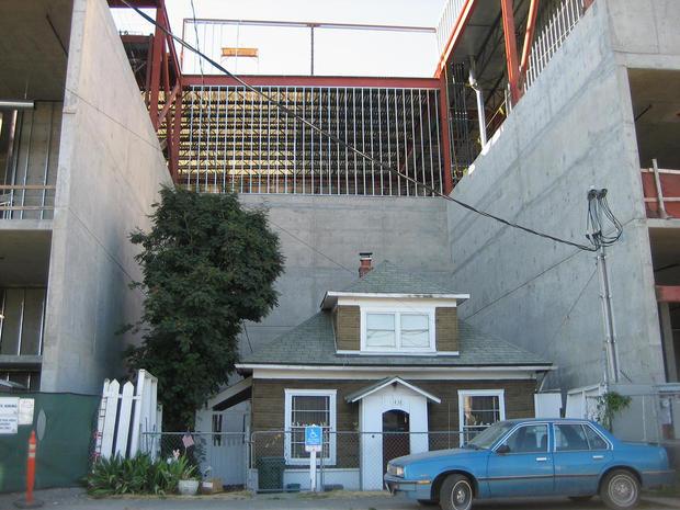 9 homes that upset the neighbors
