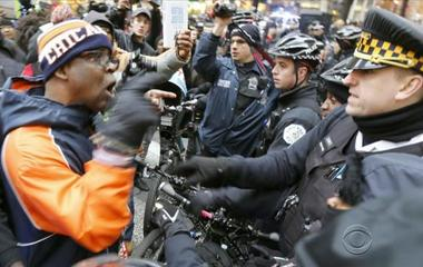 DOJ's civil rights chief discusses scathing Chicago police report