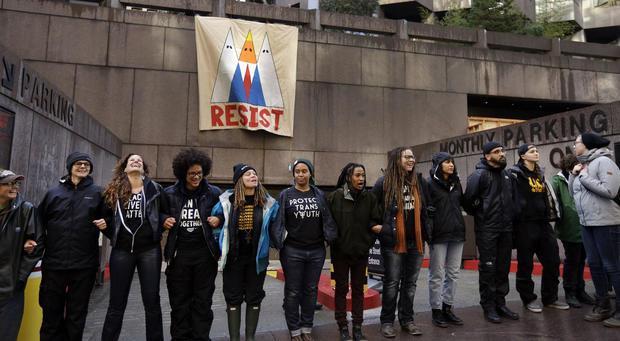 cbsnews-trump-inaugural-protest-b6.jpg
