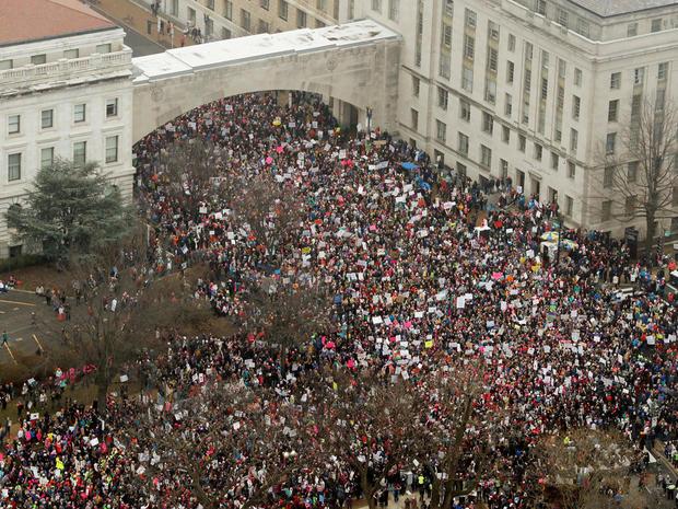 womens-march-washington-473605078-rc1d8a9adb80.jpg