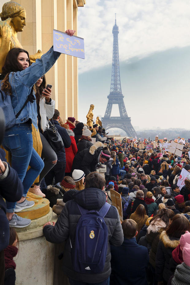 womens-march-paris-getty-632287572.jpg