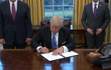Trump withdraws from Trans-Pacific Partnership