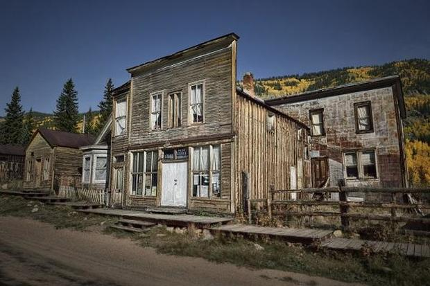 Ghost towns of America and beyond