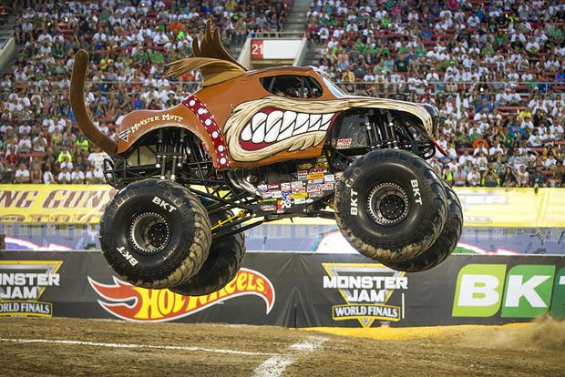 Maximum Destruction - Inside monster truck rallies - Pictures - CBS News