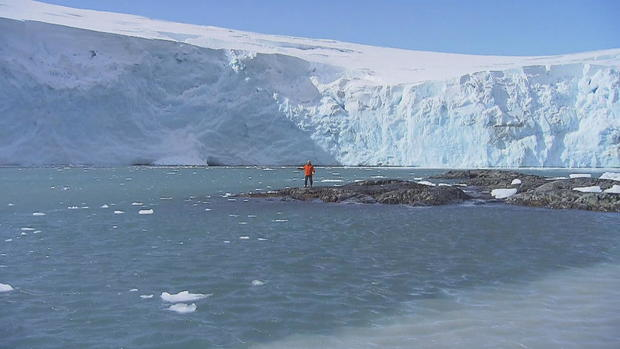 e7n-phillips-antarctica-palmer-penguins-frame-4261-1.jpg