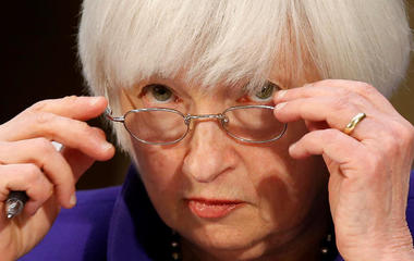 Fed isn't into delaying rate hikes, and other MoneyWatch headlines