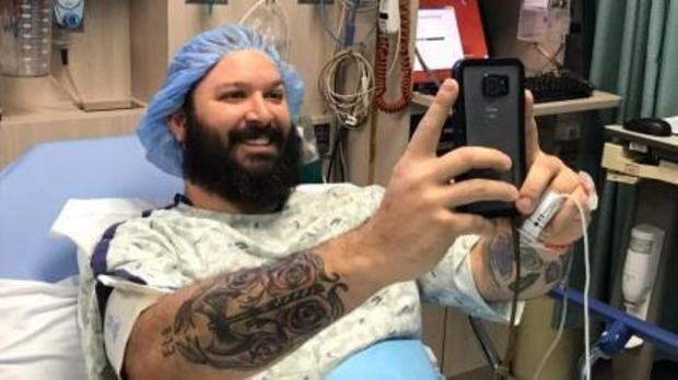 leg-implant-surgery-5345pkg.jpg