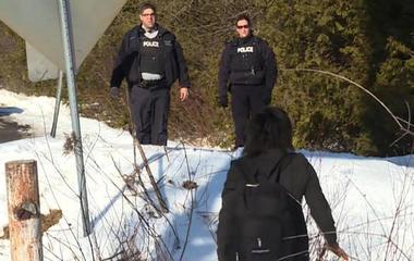 Refugees crossing Canadian border for asylum