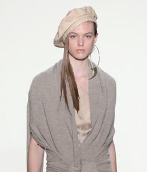 beret-ny-fashion-week-244-getty-634387980.jpg