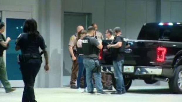 170327-cbs-miami-police-officers-shot02.jpg
