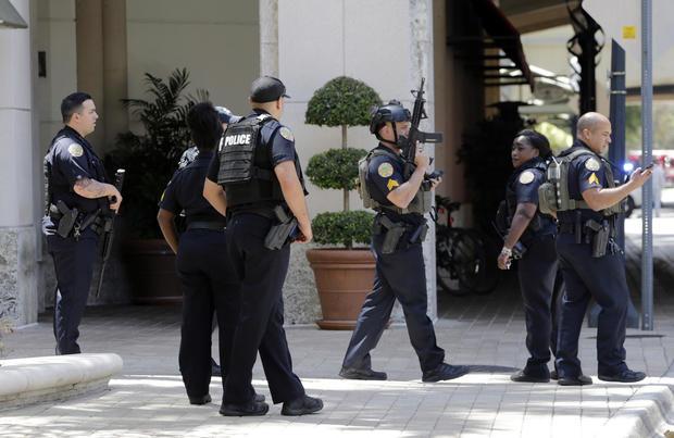 police-south-florida-mall.jpg