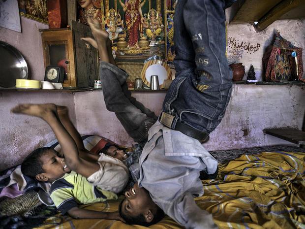 rcb-20100620-india-slum-0393-cbs.jpg