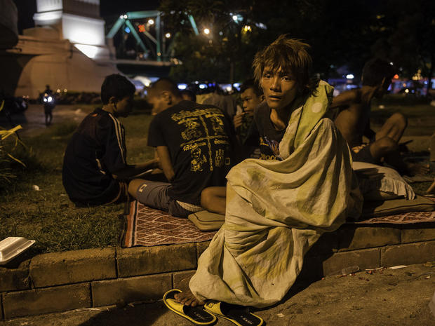 rcb-20100711-homeless-bangkok-0205-cbs.jpg