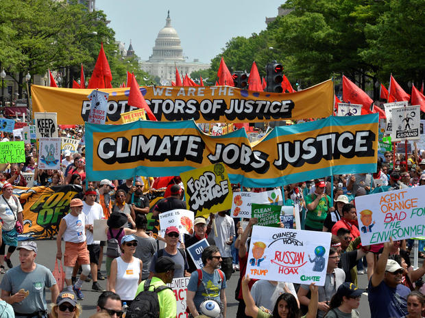 peoples-climate-march-2017-04-29t185136z-283323234-rc19d6249a00-rtrmadp-3-usa-trump-protest.jpg