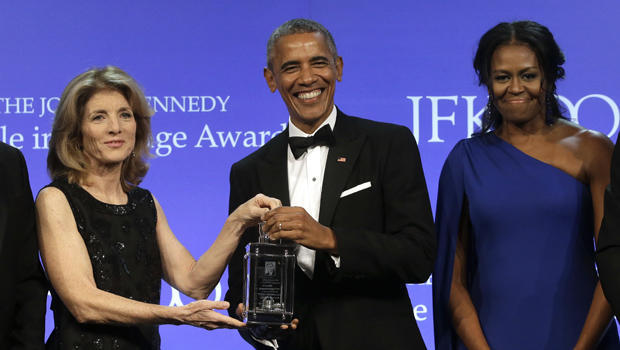 obama-profiles-in-courage-award-620-ap-17128062456215.jpg