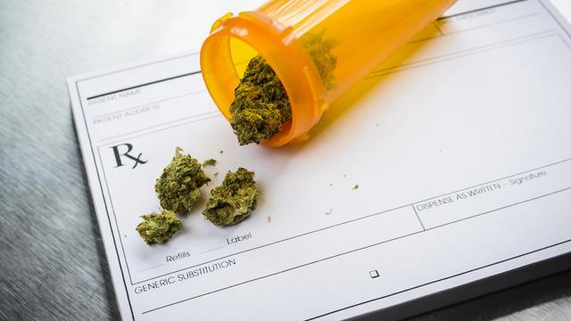 marijuana-istock-467231710.jpg