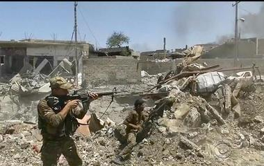 U.S.-backed forces gain ground on ISIS militants