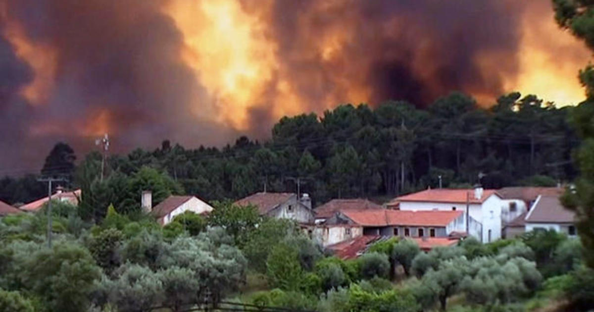Raging Forest Fire In Central Portugal Kills At Least People - Portugal map of fires