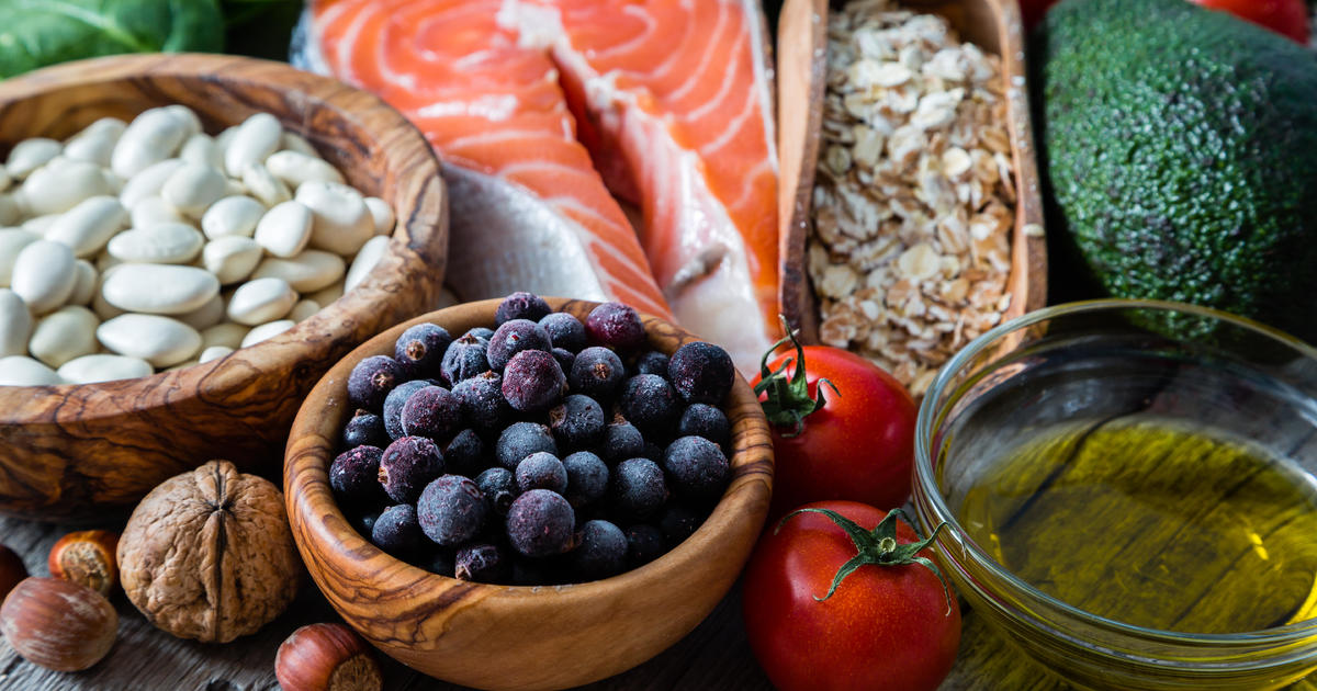 These foods may help keep the brain young