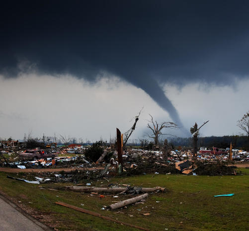 Craziest storm-chaser photos of tornado season