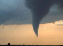storm-chasers-funnel.jpg