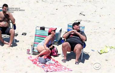 Chris Christie spotted enjoying time at beach he shut down