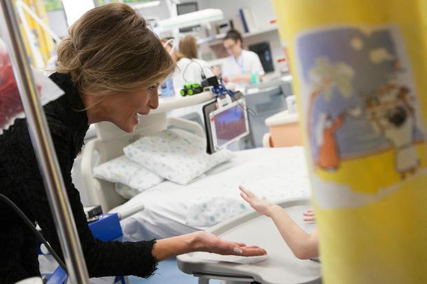melania-trump-bambino-gesu-hospital-ap-17144574543936.jpg