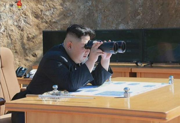 kim-watching-missile-launch.jpg