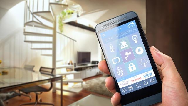 smart-home-istock-499172370.jpg