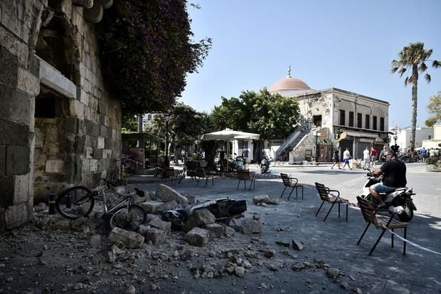greece-kos-earthquake-820061608.jpg
