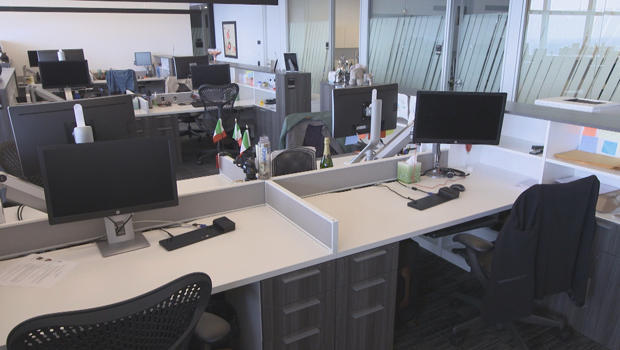 summer-fridays-empty-office-620.jpg