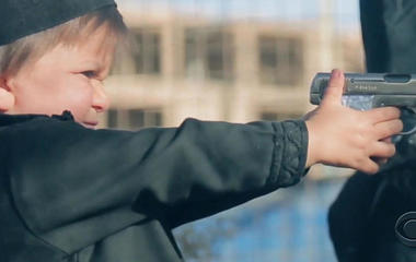 """""""CBSN: On Assignment"""" explores ISIS's influence on children in Iraq and Syria"""