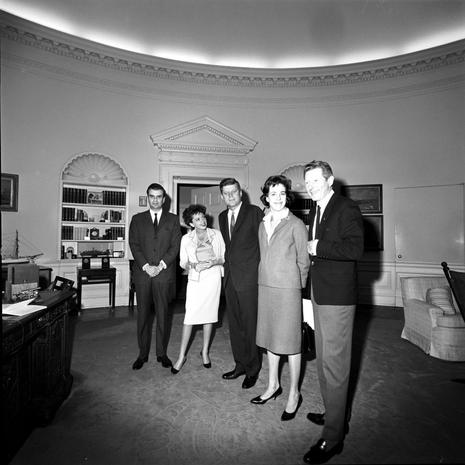 Presidents showing off the White House
