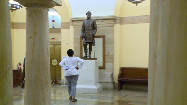 a11-villafranca-monuments-transfer-transfer3.jpg