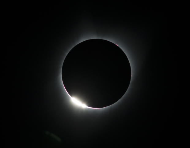 TOPSHOT-US-SCIENCE-ASTRONOMY-SOLAR-ECLIPSE