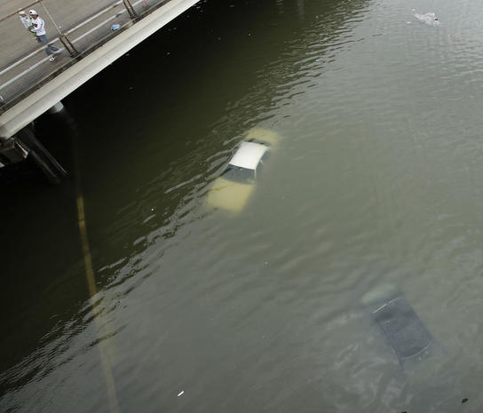 【壊滅】 大型ハリケーンと1000ミリの大雨で全米4位の大都市ヒューストン壊滅 トランプ現地入へ [無断転載禁止]©2ch.net [219241683]YouTube動画>3本 ->画像>54枚