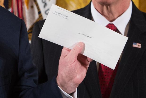trump obama letter