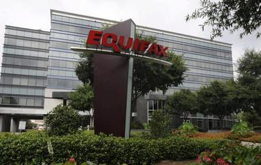Why did Equifax wait 6 weeks to announce cyberattack?