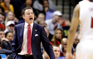 Louisville coach Rick Pitino placed on leave amid bribery scandal