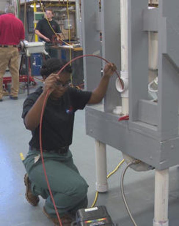 construction-labor-plumbing-student-244.jpg