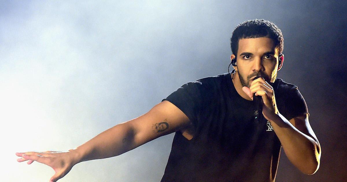 Drake explains blackface photo after Pusha T releases diss track thumbnail