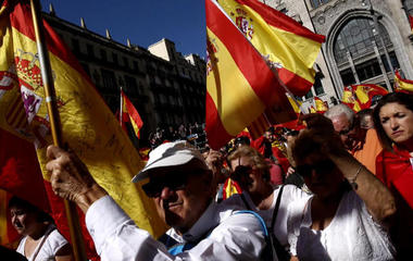Pro-union demonstrators protest Catalonia's move to secede from Spain