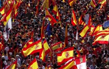 Protests in Spain as Catalonia pushes for independence